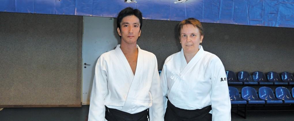 Поздравление с 25-летием от АЙКИКАЙ Хомбу Додзё додзё-тё