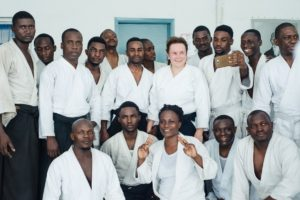 М.Л. Карпова на семинаре в Конго, айкидоисты Африканских государств