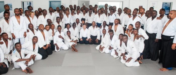 Фотоальбом первого международного семинара по айкидо Aйкикай в Центральной Африке