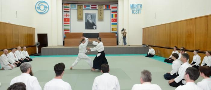 Расписание тренировок XXVI международного семинара под руководством сихана С.Сэки (8 дан) в Койнобори Додзё