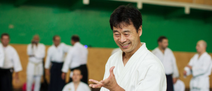 Поздравление с 30-летием от сихана Наоми Номура (7 дан)